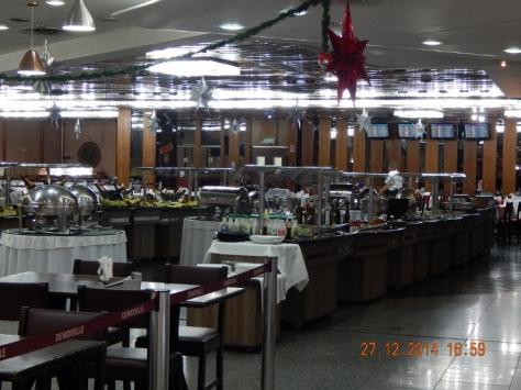 Restaurante Mademoiselle - Aerop. Tom Jobim. 27. 12.14. (800x600)