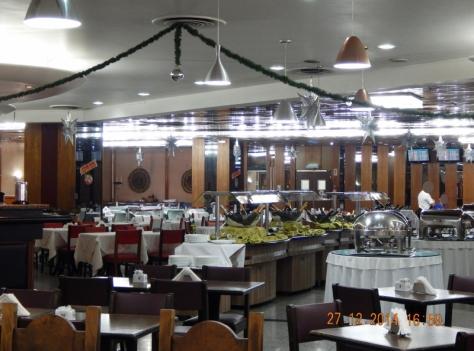 Restaurante Mademoiselle no Aerop. Galeão. 27.12.14. (800x594)