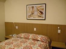 Quase R$600,00 por uma diária nesse hotel, só a praticidade justifica.