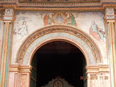 Porta Principal Iglesia de San Pablo de andahuaylillas. Foto: Marilia Boos Gomes.