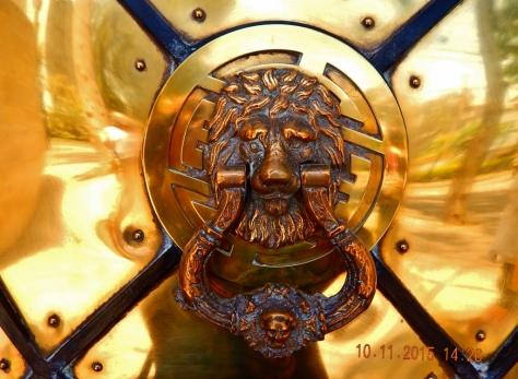 Porta do Museu do Ouro.